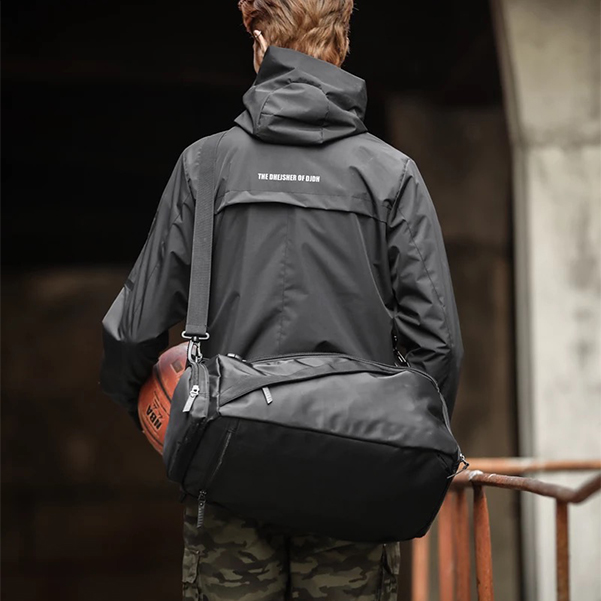 black basketball backpack without logo by addictionentps